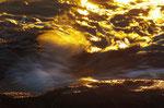 Goldexplosionen im Meer 2