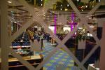 Besuch auf der Kong Harald - Speisesaal