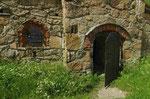 alte Festungsanalage - gehts da in den Kerker?