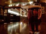 ein lecker Bierchen in den Mack-Øl Hallen