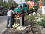 Melonenverkäufer, von denen gab es hunderte, und die Melonen waren SO teuer, dass wir keine gekauft haben. Aber unglaublich lecker