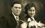 Gerard en echtgenote Mit Blarinckx. Een trouwfoto.