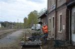 """Draisinenverkehr"" auf dem Güterschuppengleis des Bahnhofs Brand-Erbisdorf, 22. April 2017. Foto: Archiv Bergstadtexpress"