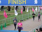 手賀沼エコマラソン アップダウンが激しくて最後足が前に出なくてまいりましたが、完走しました。
