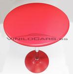 Mesa vinilada en carbono rojo
