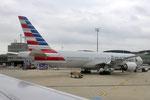 N780AN - Boeing 777-223(ER) - American Airlines @ CDG