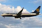 Boeing 737-800 Ryanair EI-EFP Say Yes to Europe