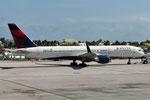 N686DA - Boeing 757-232 - Delta Air Lines @ SXM