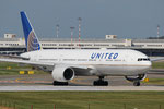 Boeing 777-200 United Airlines N785UA
