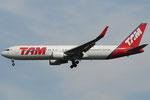 PT-MOB - Boeing 767-316(ER) - TAM Linhas Aereas