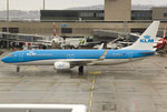 Boeing 737-800 KLM PH-BXZ