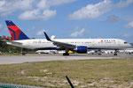 N689DL - Boeing 757-232 - Delta Air Lines @ SXM