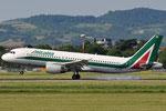 EI-DSB - Airbus A320-216 - Alitalia @ BLQ