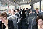 wir im Bus als Statisten für die ORF-Doku