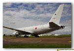 Boeing KC-767J  immatriculé 07-3604 au roulage