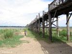 U-Bein-Brück: Die längste Teakholzbrücke der Welt bei Niedrigwasserstand