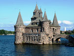 Boldt's Castle - Thousand Islands by Ralf Mayer