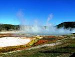 Dampfende Erde - Yellowstone Nationalpark by Ralf Mayer