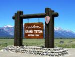 Parkeingang - Grand Teton Nationalpark -  Wyoming by Ralf Mayer