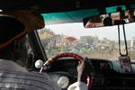 Ville Dakar, dans le taxi. Livre Dakar l'Insoumise, Edition Autrement