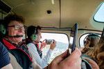 Elite Flights, AS 350 B2 Ecureuil, HB-ZPF, Rundflugtag Gewerbeausstellung UNDOB 2019, Obersiggenthal, Happy Passengers