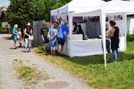 Elite Flights, Rundflugtage Dorffest Russikon 2018, Verkaufsstand, 3-min