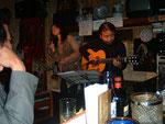 ギター・マニアが集まるお店グラナダでライブ その2