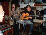 ギター・マニアが集まるお店グラナダでライブ その1