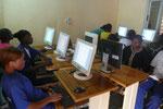 Während der ersten Unterrichtsstunde im Computerraum