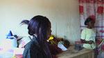 Deborah Ouédraogo hat in Ouagadougou eine Schneiderei eröffnet...