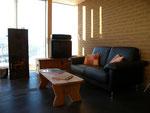Gemütliche Sitzecke mit Tavetscher-Ofen (einheimischer Speckstein)
