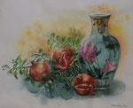 28 小品  馬庭 悦子  柘榴と花瓶 水 F8