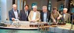 Eröffnung der Ausstellung am 26.April 2019; von links: A.Weiner Kulturamt Lindau, Dr.U.Birk 2.Bürgermeister, S,Stern, D.Speidel, R.Fügen, H.Stübner; Modell der Trajektanstalt Lindau ca. 1910, erbaut von R.Fügen; Foto Susi Donner