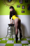 MODEL: Eva Mansfield   PHOTOGRAPHER ASSISTANT: Jose Ignacio Heras   DESIGNS: Coco.Late   LOCALIZATION: Lunch Box