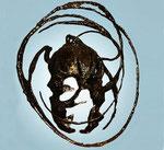 Máscara. 50 x 45 x 45 cm. metal   .   1997