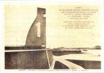 Foto scattata il 3 novembre 1933, giorno precedente l'inaugurazione del  Monumento al Marinaio. Giornata molto piovosa: osservare la macchia scura di  umidità, causata dalla pioggia, sul dorso del timone