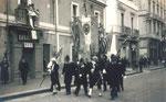 4 novembre 1933 – Brindisi, Corso Garibaldi nel giorno dell'inaugurazione del Monumento al Marinaio