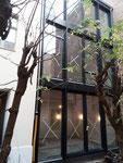 HausfrontHausfront, Festverglasung und Fenster