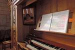 Orgue de Nontron (24) clavier de l'orgue photo amis de l'orgue de l'Orgue de Nontron