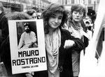 Roma, Novembre 1990 - Mara, nipote di Mauro Rostagno alla manifestazione a Montecitorio contro stragi