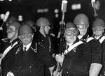 Roma, Gennaio 1971 - Carabinieri con occhiali e fucili con lacrimogeni