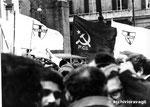 Roma, Marzo 1978 - Manifestazione per eccidio, bandiere Dcv e Pci insieme