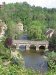 Saint-Céneri-le-Gérei : Le pont sur la Sarthe vu depuis l'église.
