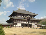 そびえたつ東大寺