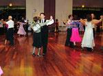 ハワイ ダンス親善パーティーに参加し、ハワイの方々と交流。 ダンスは世界の共通語です!