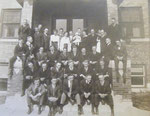 1916 or 1917 graduating class in front of men's dorm