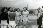 Die Damenhandballmannschaft um 1948