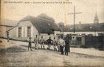 Soldats devant la croix de Jérusalem