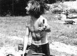 1971, 22-jährig am Sensegraben mit Militärvelo