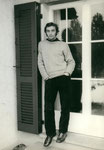 "1970 20-jährig vor Rekrutenschule ... ""sfäggt...schampar :-((("""